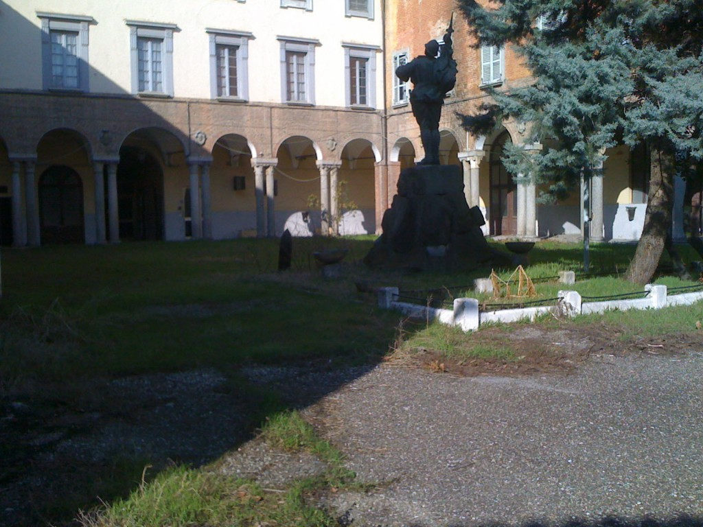Caserma De Sonnaz di via  Castello