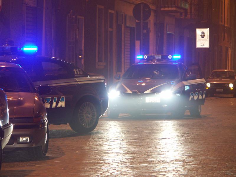 auto pattuglie polizia