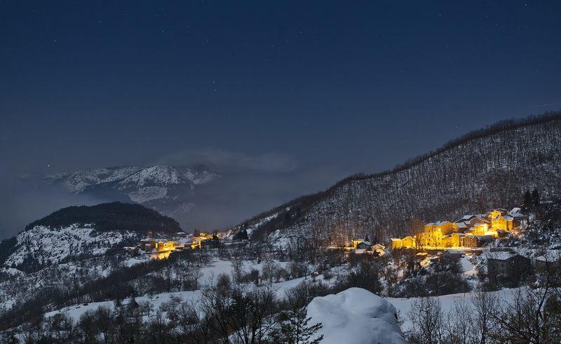 nevicata in collina neve - Castelcanafurone