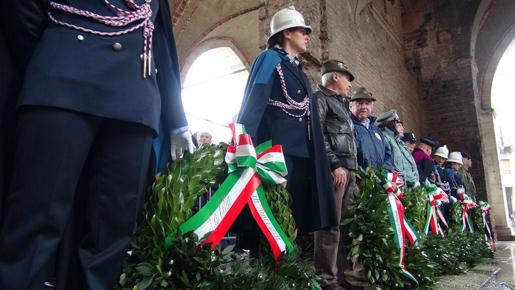 4 novembre, Piacenza e provincia celebrano le Forze Armate