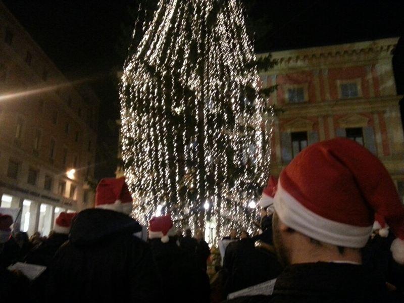 Piacenza Giovane, doni speciali per il Natale 2016. Cento desideri da esaudire