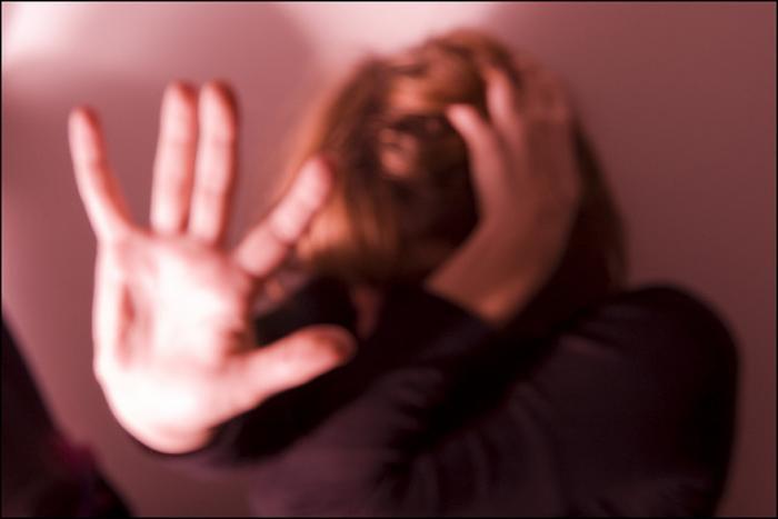 Allarme violenza sulle donne: al Telefono Rosa 220 nuovi accessi nel 2016