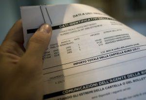 Tasse non pagate, il Comune batte cassa: boom di invio di avvisi di giacenza e cartelle esattoriali
