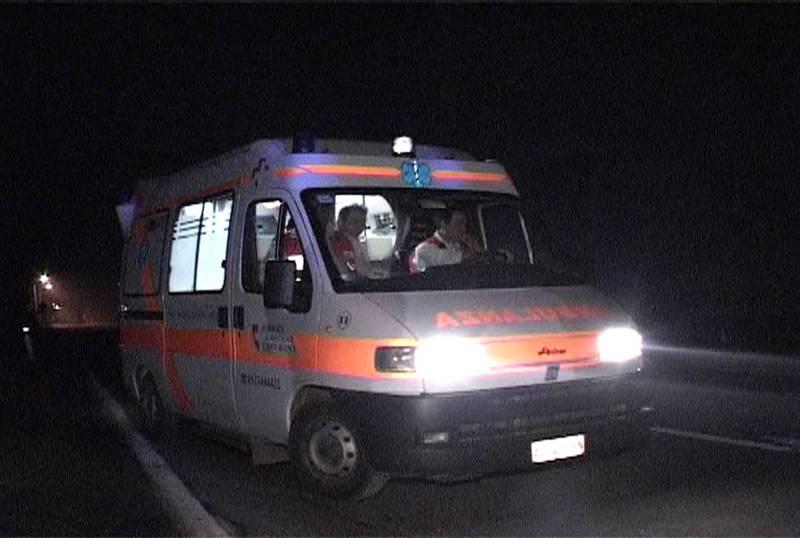 ambulanza-notte-provincia