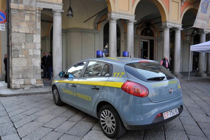 Indagine su due appalti, dipendente del Comune di Piacenza arrestato dalla Guardia di finanza