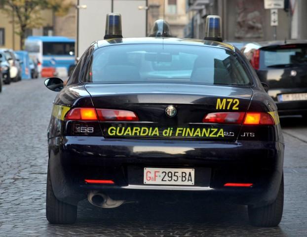 Milioni di euro sottratti al fisco: smantellata una frode carosello a Piacenza