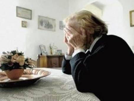 Carpaneto: anziana immobilizzata e rapinata nella propria casa