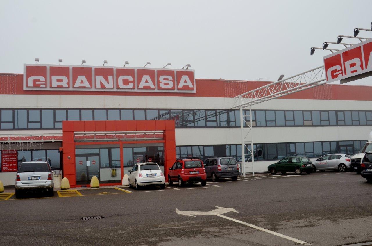 Grancasa chiude definitivamente il 1 maggio ipotesi di - Grancasa vicenza catalogo ...