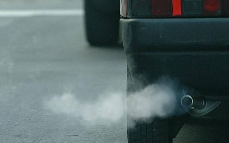 Smog oltre i limiti per sette giorni consecutivi, scatta l'emergenza: domani stop anche ai diesel Euro 4