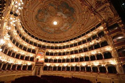 Danza al Municipale, oggi ultimo spettacolo con la Traviata di Artemis