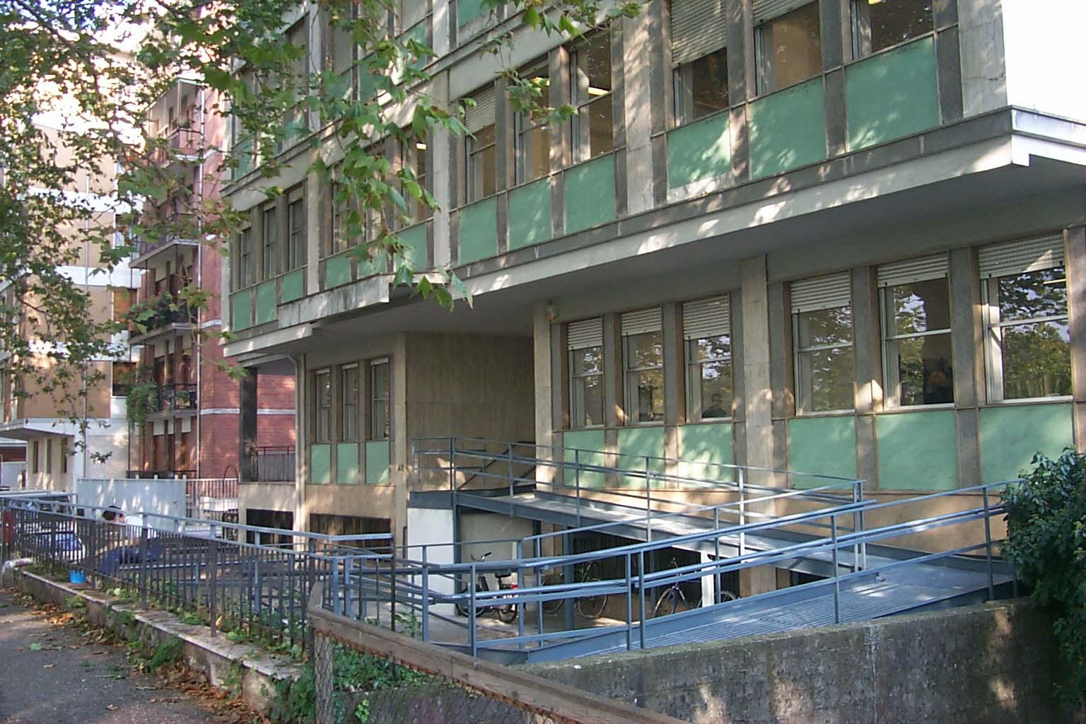 Palazzo Olivetti, alla quinta asta va ad un'immobiliare milanese
