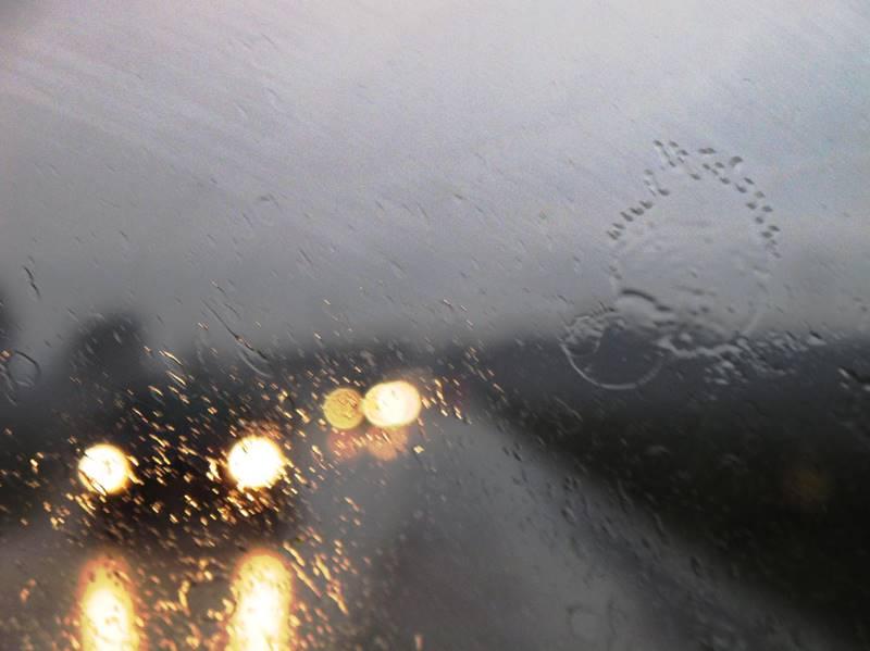 pioggia auto 01