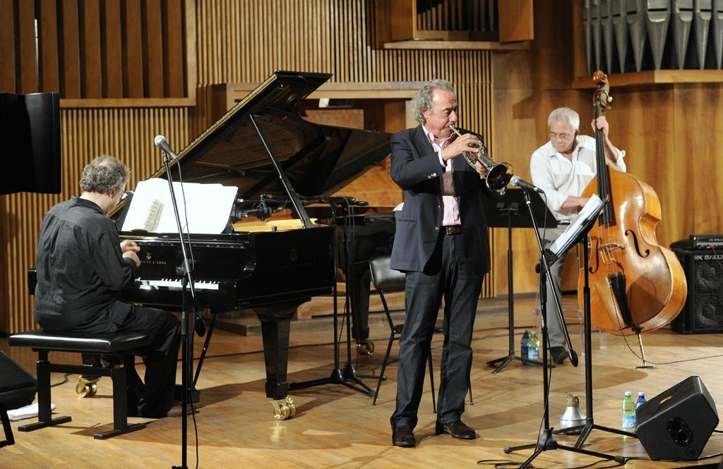 Jazz Fest: Caine, Ambrosetti e Di Castri uniscono Bach, Davis e Coltrane