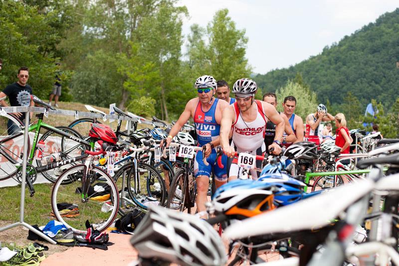 Oltre 200 atleti per il Triathlon Sprint: favorita la piacentina Tania Molinari
