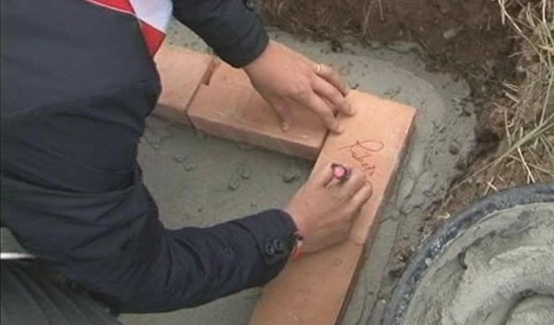 Piscina olimpionica alla Madonnina: la posa della prima pietra