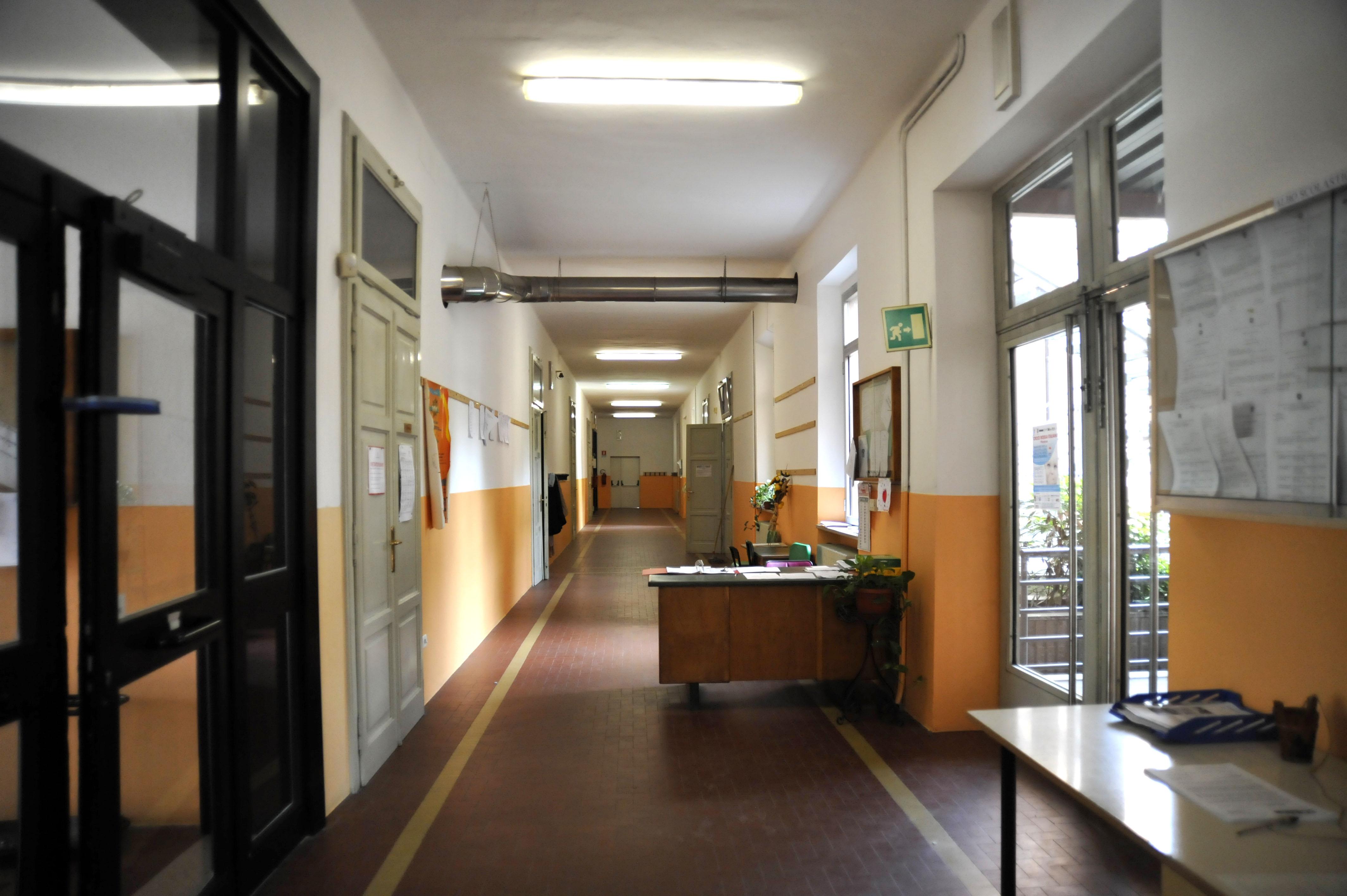 Scuola De Amicis, lavori in arrivo: nuovi intonaci e controsoffitti più sicuri