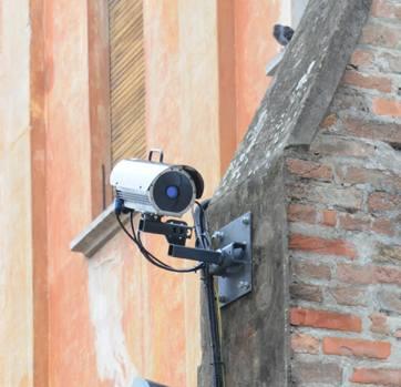 Una telecamera di videosorveglianza