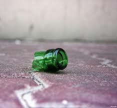 bottiglia rotta