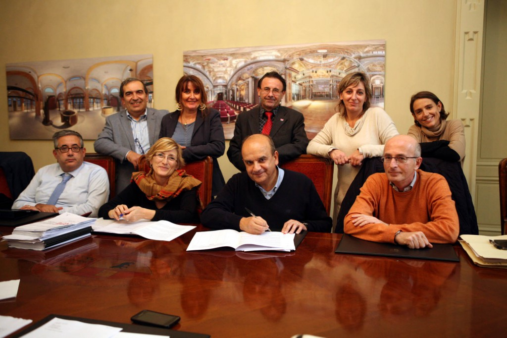 sindaco e giunta firma contro gioco d'azzardo foto bellardo