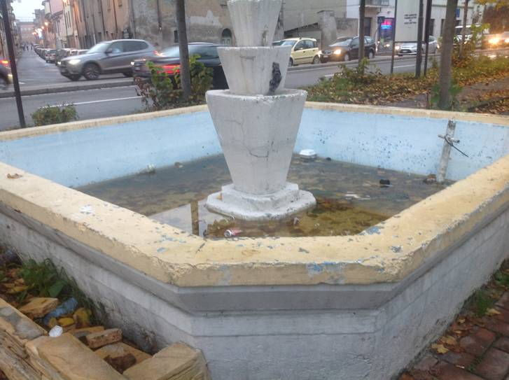 Vandalismo a Castelsangiovanni (2)