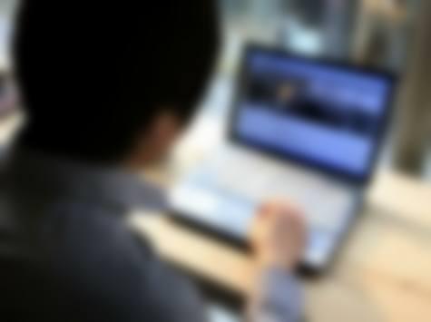 Botte, minacce e un falso profilo social della ex moglie collegato a chat erotiche: condannato