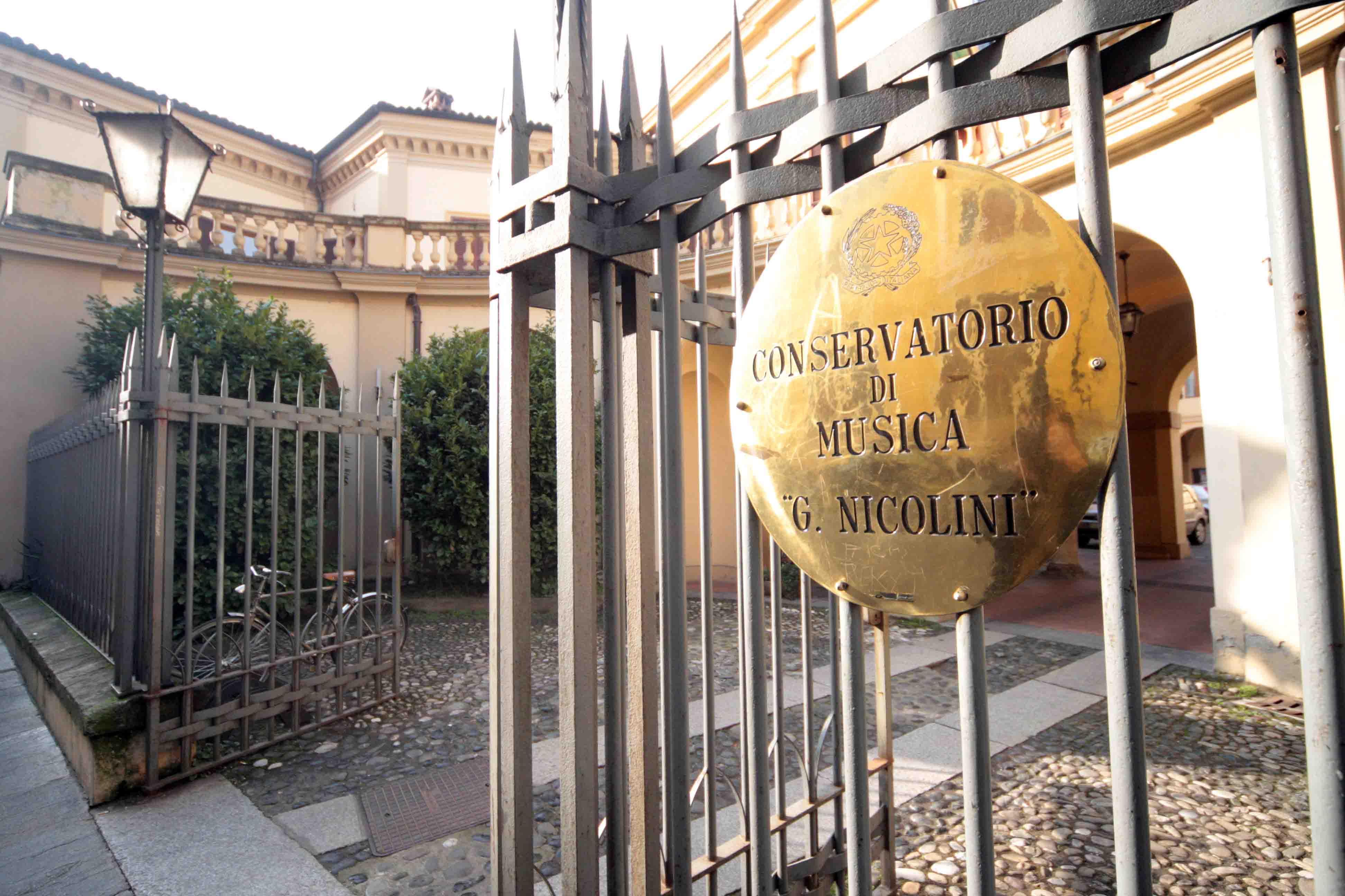 Conservatorio Nicolini, prosegue la messa in sicurezza del tetto. Oggi il sopralluogo