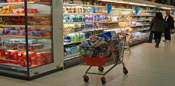 Supermercati che nascono come funghi, corre forte la grande distribuzione