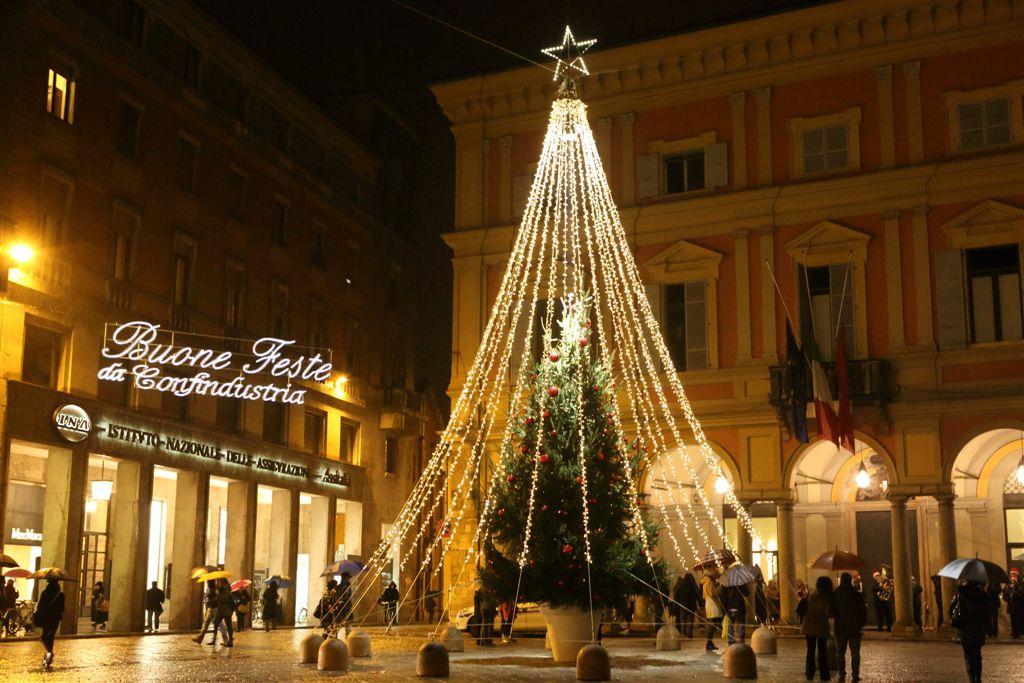 Accensione luminarie e albero di Natale (135)