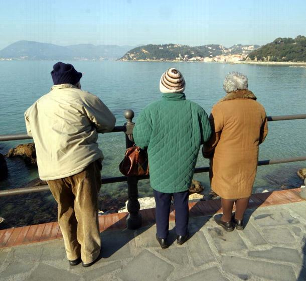 anziani a lerici
