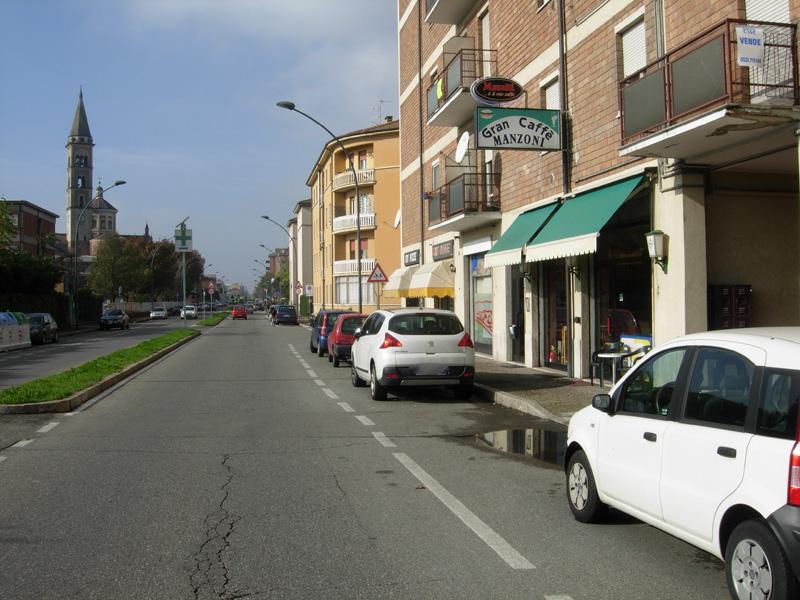 Bar in via Manzoni