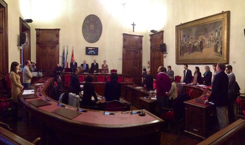 Minuto di silenzio in Consiglio comunale