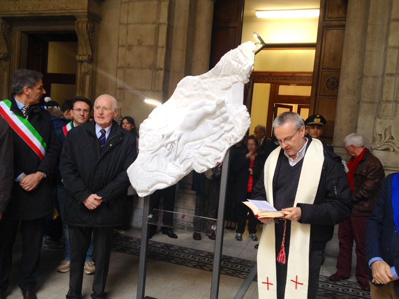Inaugurazione monumento ai migranti