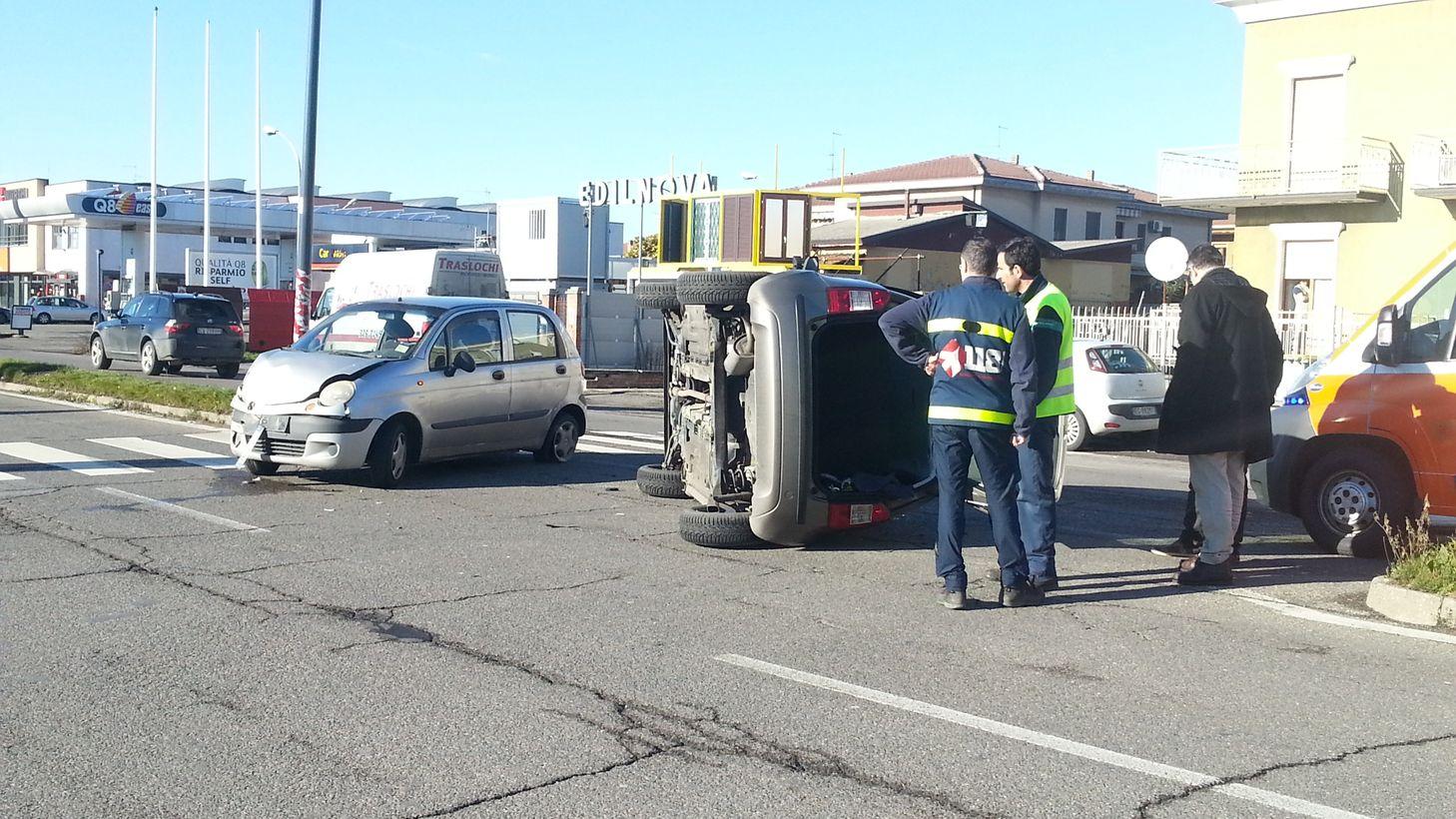 Incidente in via Emilia Pavese