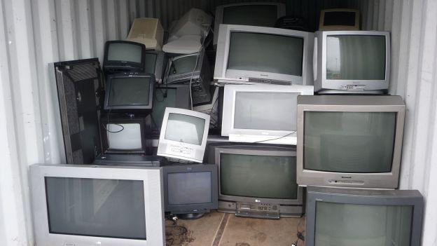 Discarica tv televisori