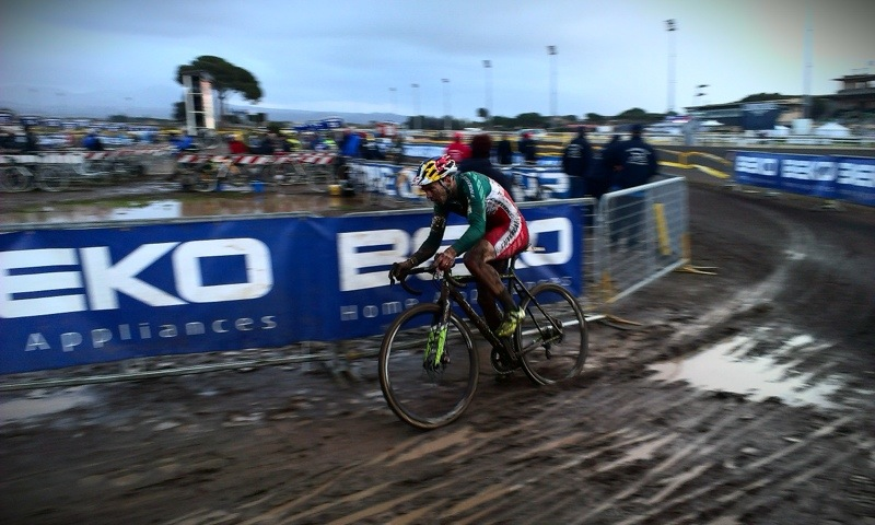 Ciclocross, coppa del mondo: solo 15esimo Marco Aurelio Fontana