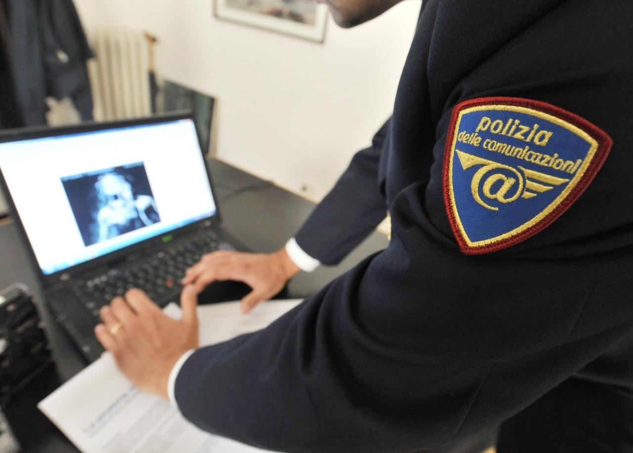 Emergenza cyberbullismo, insegnanti a lezione dalla polizia postale