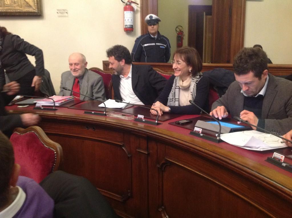Primo consiglio comunale della nuova giunta, ingresso di Bisagni e Rossi