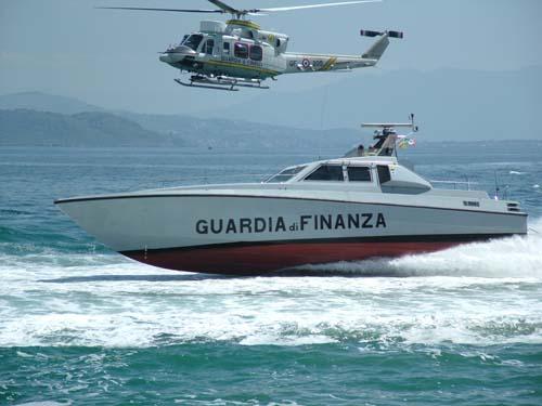 guardia-finanza-aeronavale