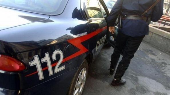 Parapiglia per una lite sul mercato cittadino, intervengono i carabinieri