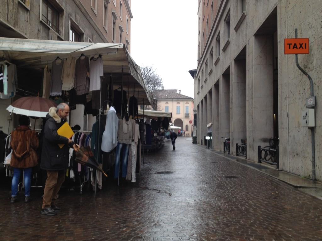 mercato via sopramuro