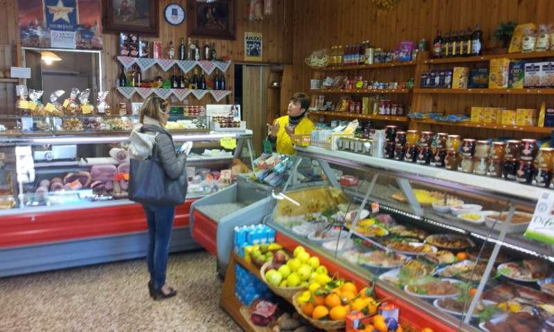 commercianti via Taverna (14)-800