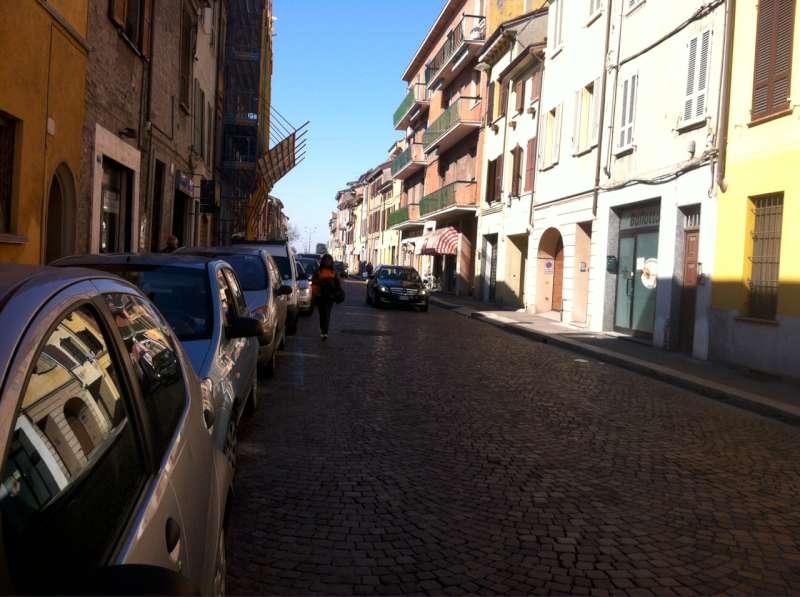 commercianti via Taverna (6)-800