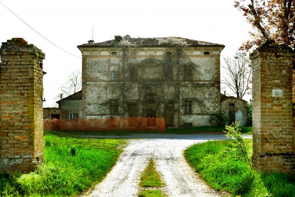 Ivaccari all'asta Palazzo Guglieri