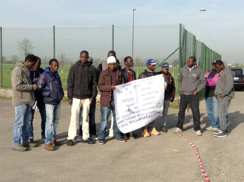 Protesta profughi (5)-800