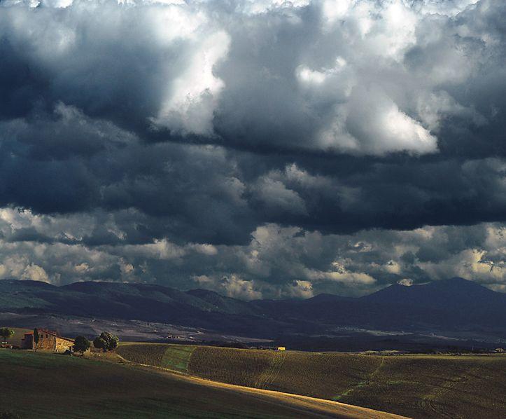 cielo-nuvoloso e temporalesco