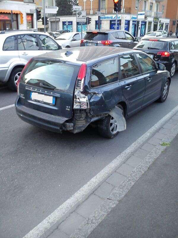 incidente in via Manfredi (4)-800