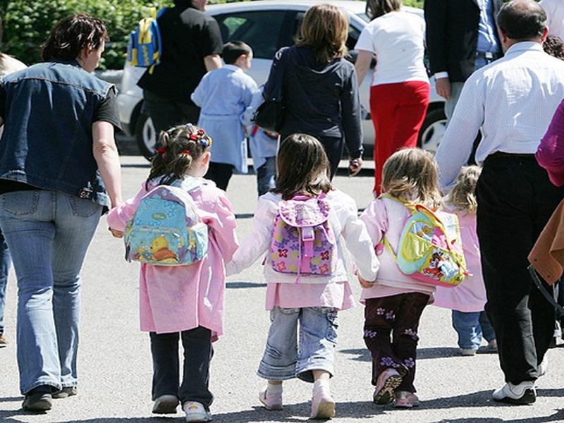Scuola sempre più multietnica: straniero un alunno su quattro. I DATI