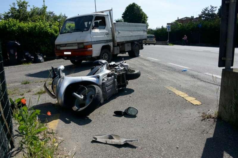 Caorso incidente auto moto (2)-800