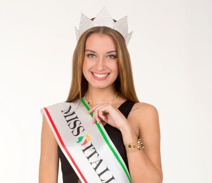 Giulia Arena, Miss Italia 2013