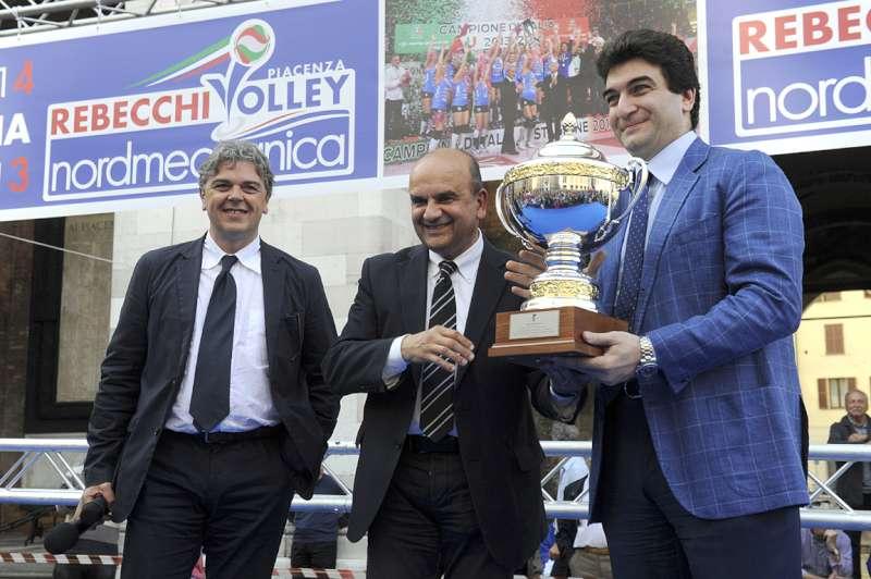 Il sindaco premia la Rebecchi Nordmeccanica Volley (34)-800